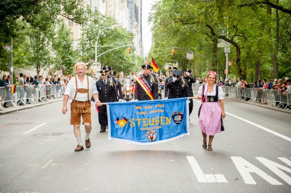zum-schneider-nyc-2013-steuben-parade-56.jpg