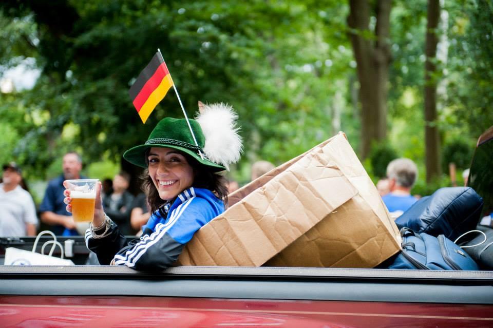 zum-schneider-nyc-2013-steuben-parade-60.jpg