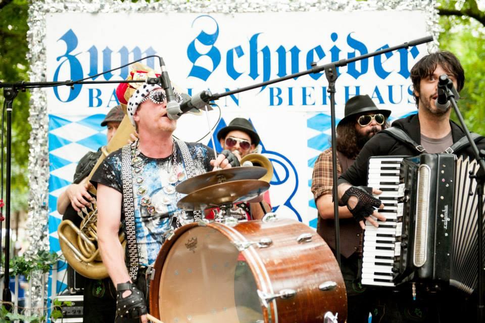 zum-schneider-nyc-2013-steuben-parade-68.jpg