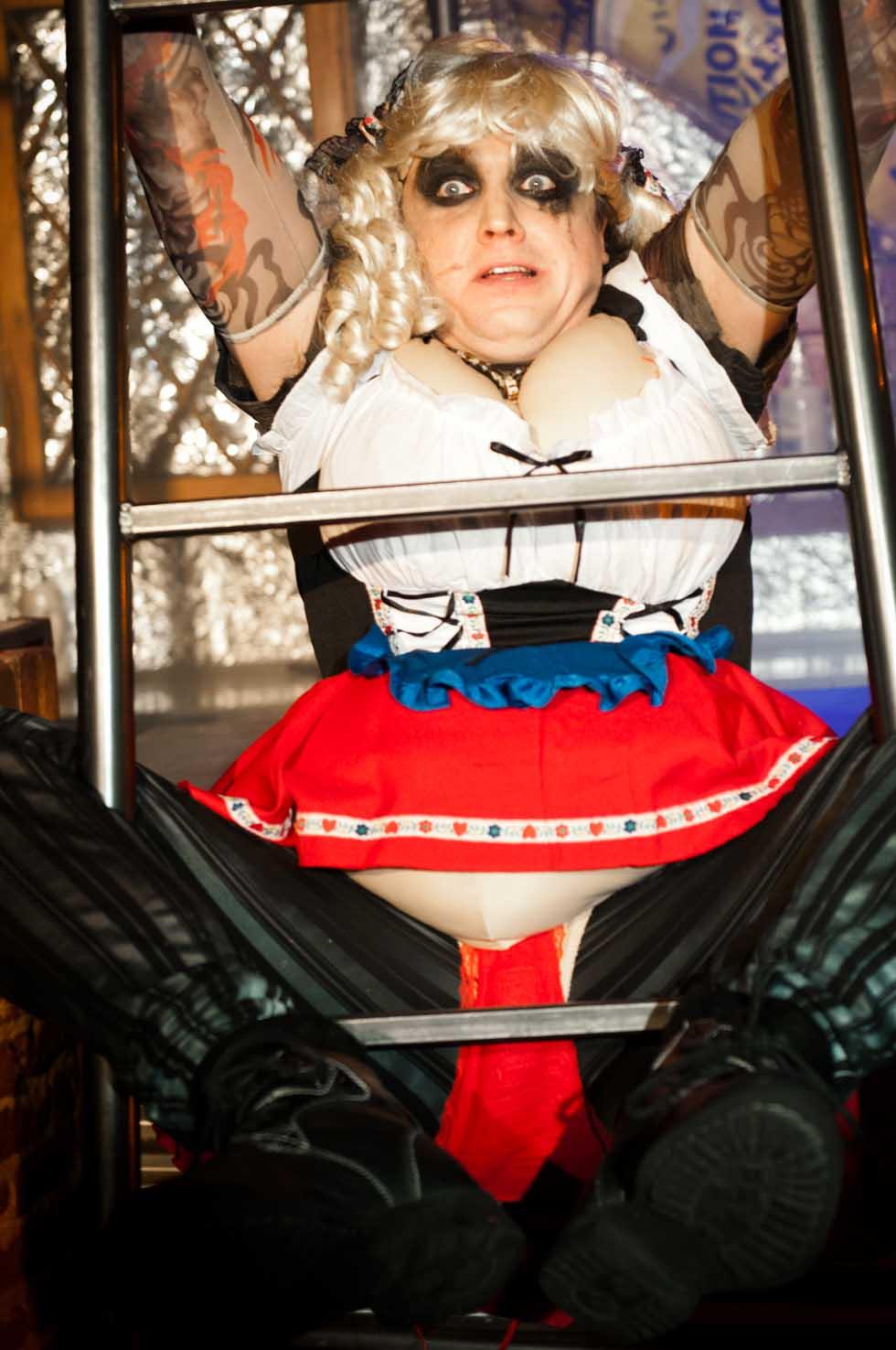 zum-schneider-nyc-2012-karneval-apocalyptika-4827.jpg