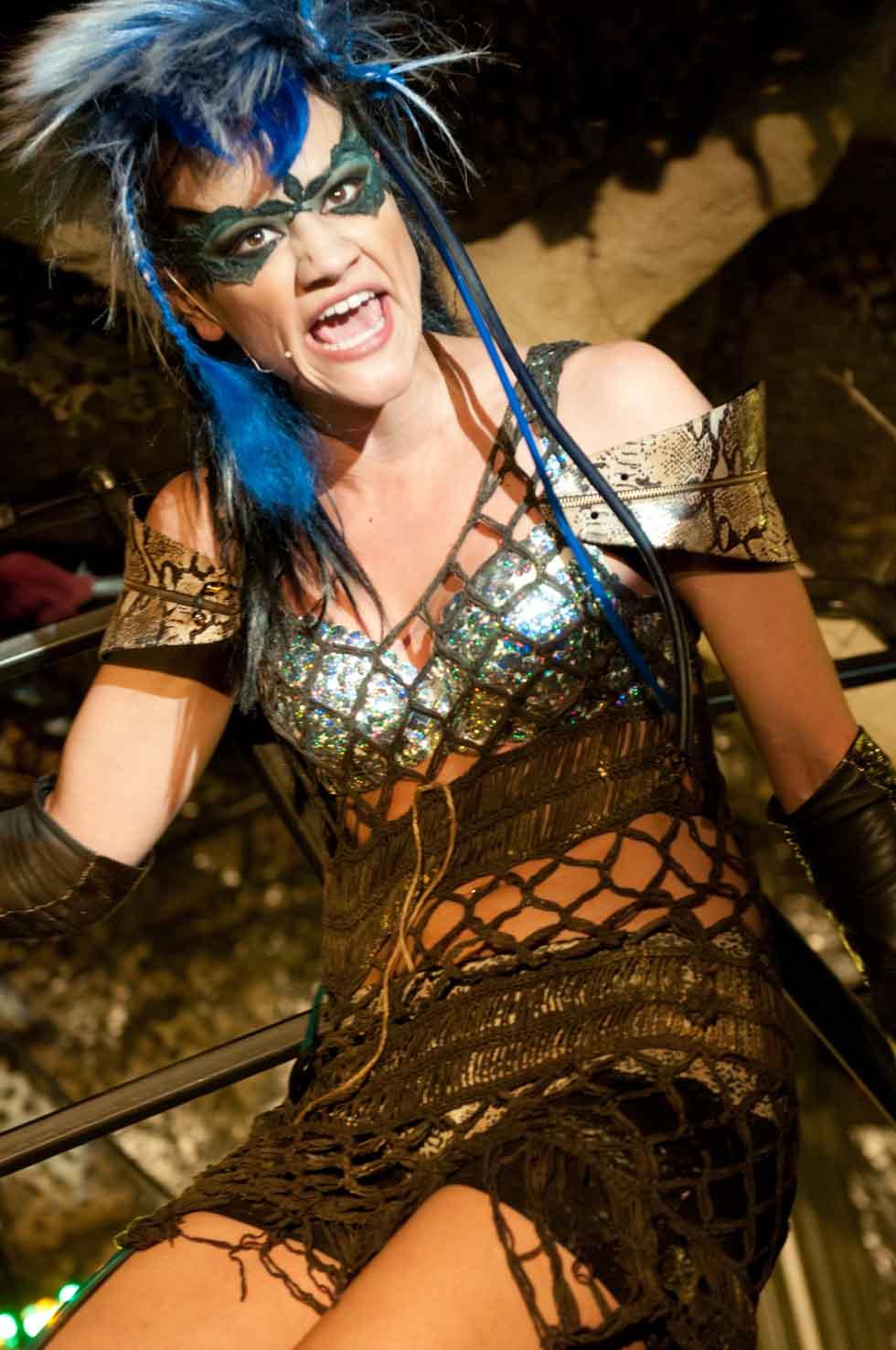 zum-schneider-nyc-2012-karneval-apocalyptika-4951.jpg