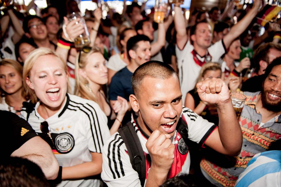 zum-schneider-nyc-2014-world-cup-germany-ghana-8166.jpg