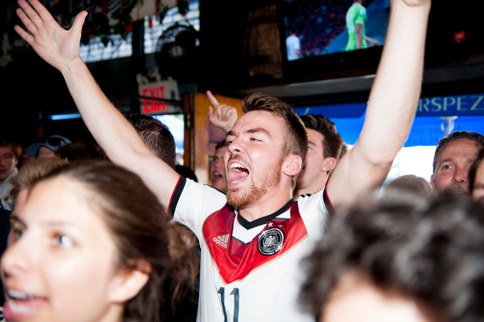 zum-schneider-nyc-2014-world-cup-germany-algeria-8871.jpg