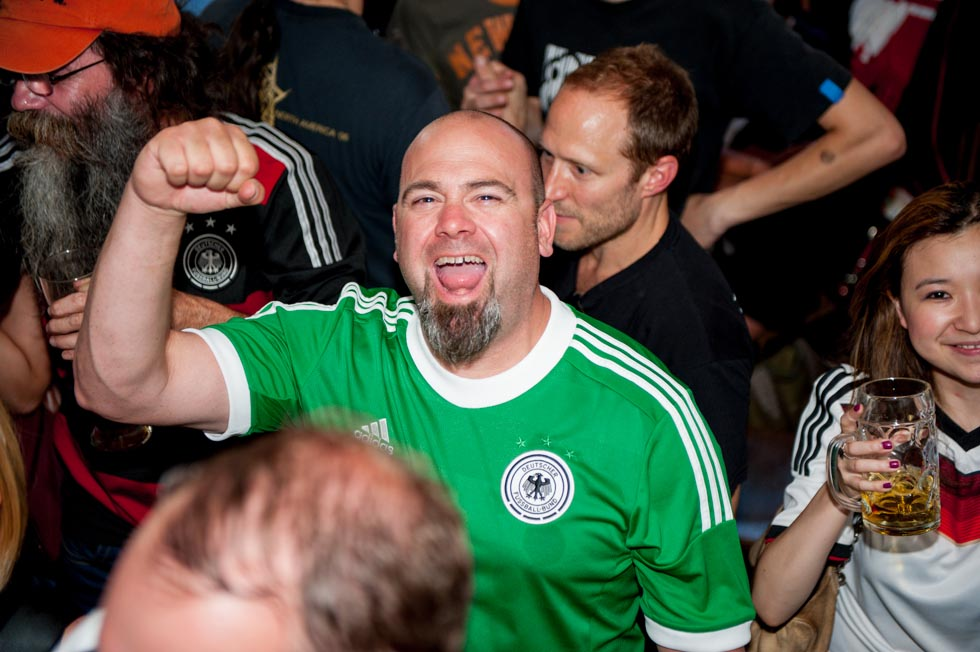 zum-schneider-nyc-2014-world-cup-germany-algeria-9033.jpg