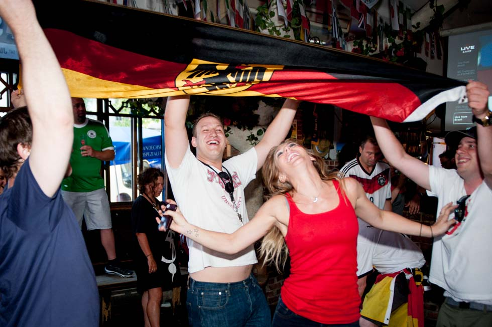 zum-schneider-nyc-2014-world-cup-germany-algeria-9094.jpg