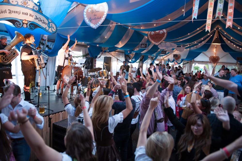zum-schneider-nyc-2014-Oktoberfest-5106.jpg