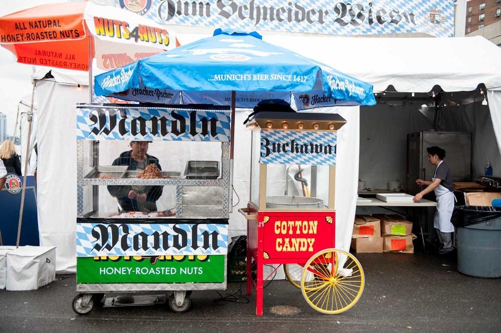 zum-schneider-nyc-2014-oktoberfest-munich-east-river-5148.jpg