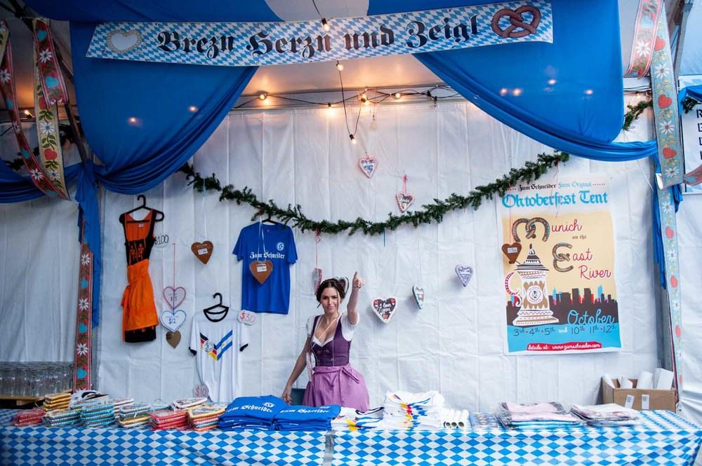 zum-schneider-nyc-2014-oktoberfest-munich-east-river-5158.jpg