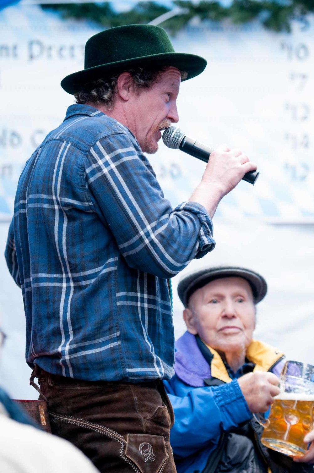zum-schneider-nyc-2014-oktoberfest-munich-east-river-3127.jpg