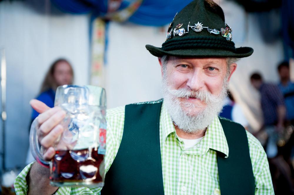 zum-schneider-nyc-2014-oktoberfest-munich-east-river-5947.jpg