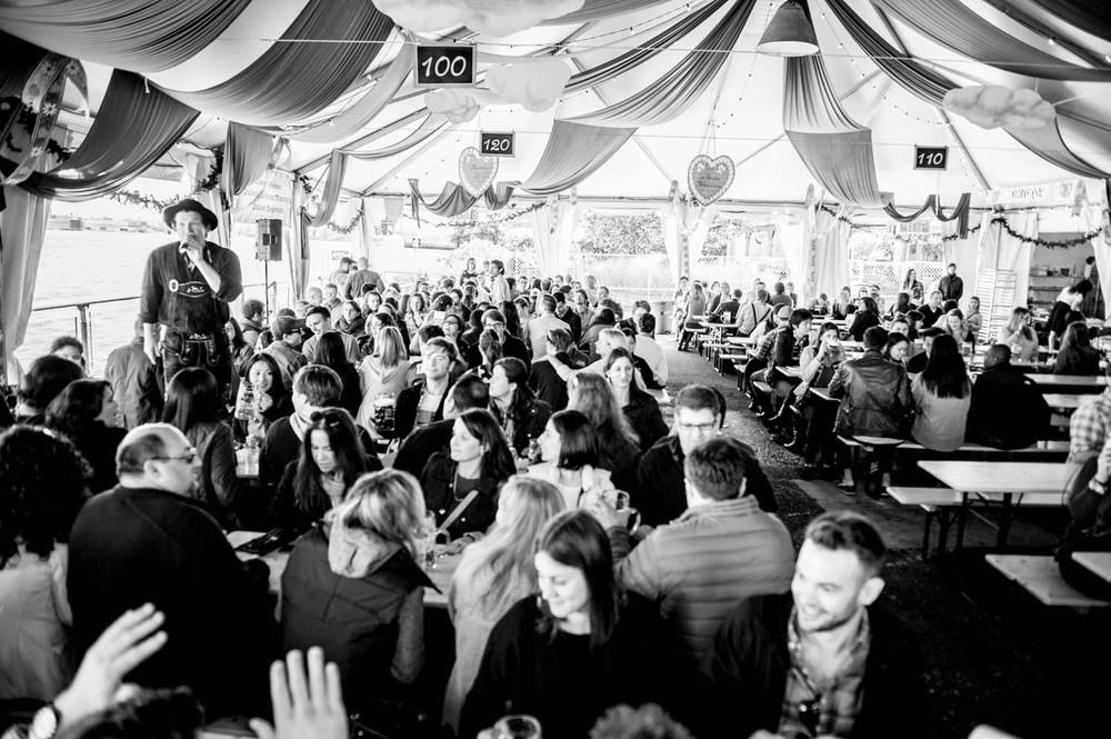 zum-schneider-nyc-2014-oktoberfest-munich-east-river-5854.jpg