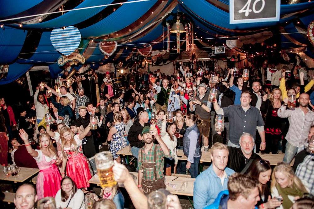 zum-schneider-nyc-2014-oktoberfest-munich-east-river-6159.jpg