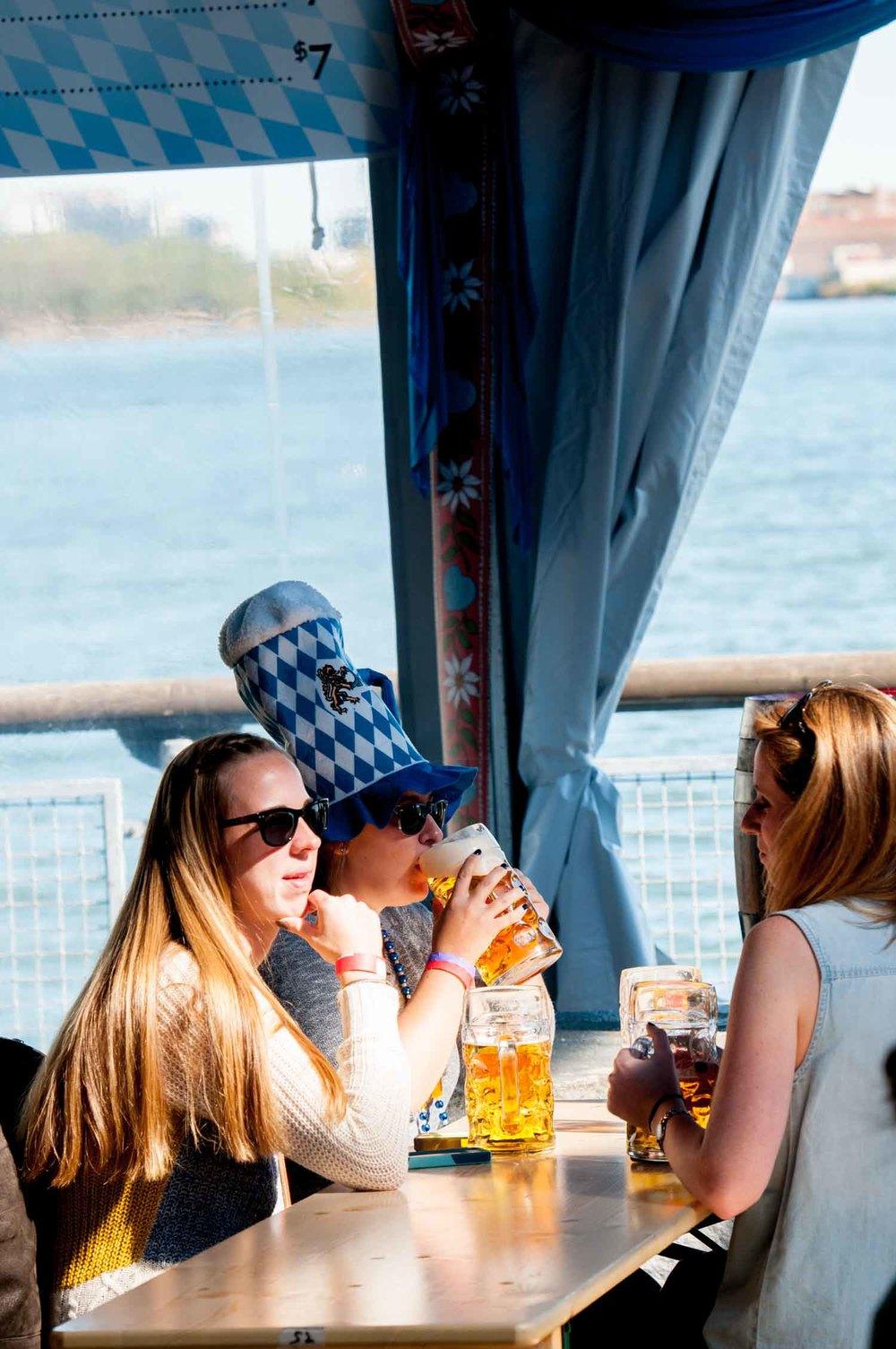 zum-schneider-nyc-2014-oktoberfest-munich-east-river-3270.jpg