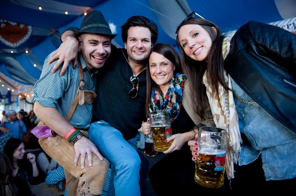 zum-schneider-nyc-2014-oktoberfest-munich-east-river-5980.jpg
