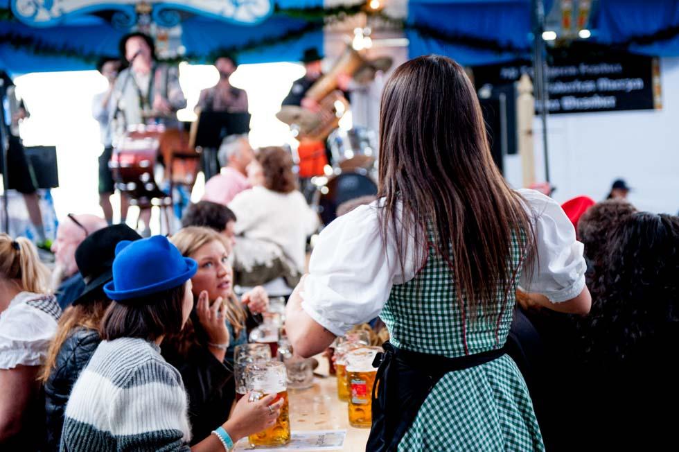 zum-schneider-nyc-2015-oktoberfest-east-river-5562.jpg