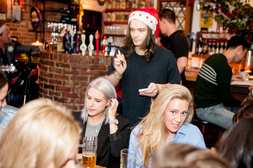 zum-schneider-nyc-2015-christmas-caroling-7824.jpg