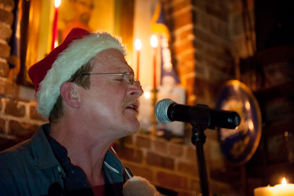 zum-schneider-nyc-2015-christmas-caroling-7981.jpg