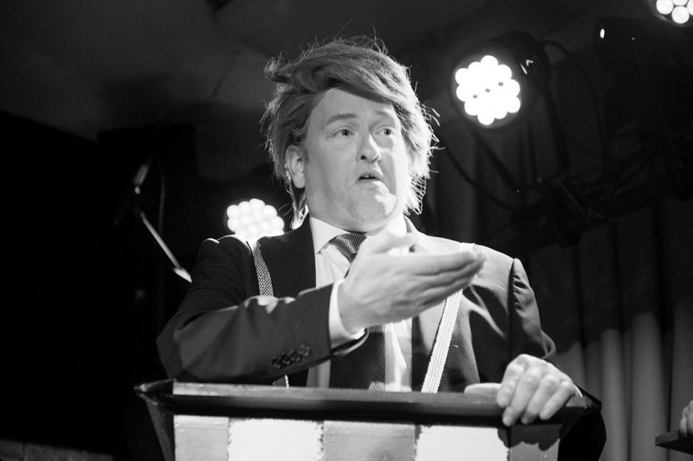 zum-schneider-nyc-2016-karneval-political-9070.jpg