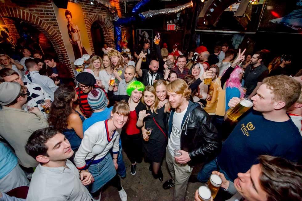 zum-schneider-nyc-2017-karneval-star-wars-2-2.jpg