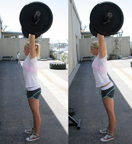 (L) A strong overhead with a neutral spine (R) A weak position with exaggerated lumbar extension - from CrossFit.com