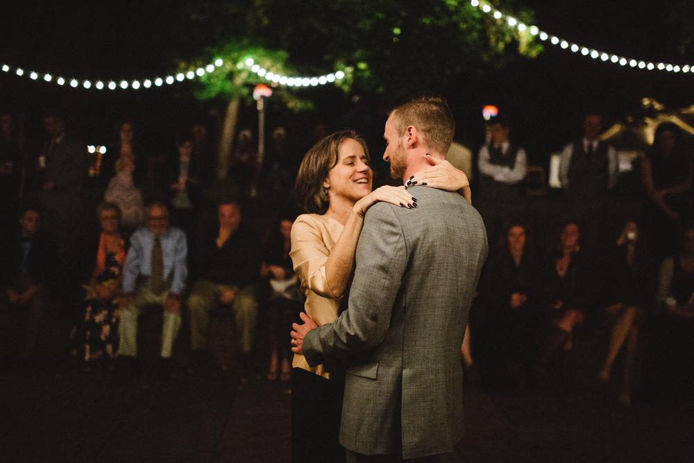 brookechandler_wedding__soundslides_eicharphotography-135.jpg