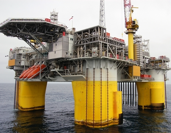 Rig positioned for operations