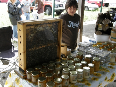 tn_farmers_market_honey.JPG