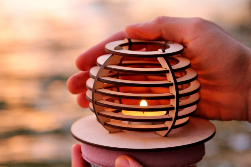 Waterlily Floating Lantern