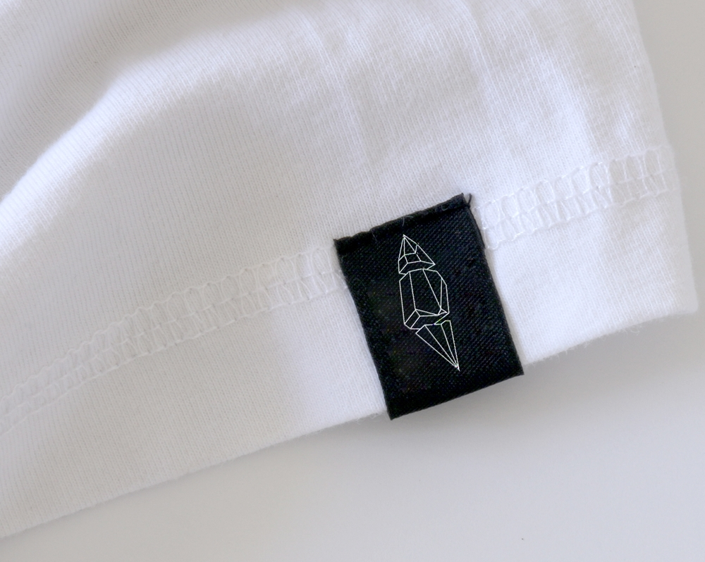 The Blacksands label on the bottom of a shirt.