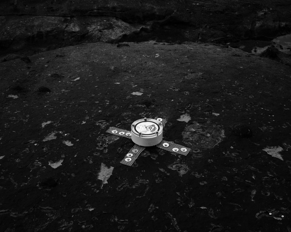 moonpodb&w.jpg