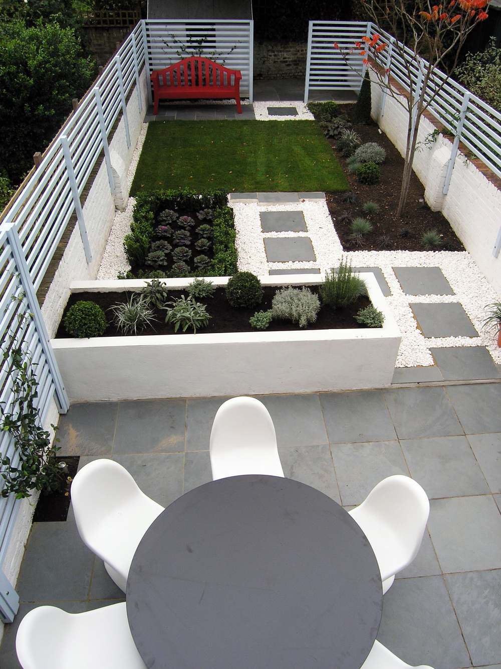 Contemporary back garden living gardens for North facing back garden designs