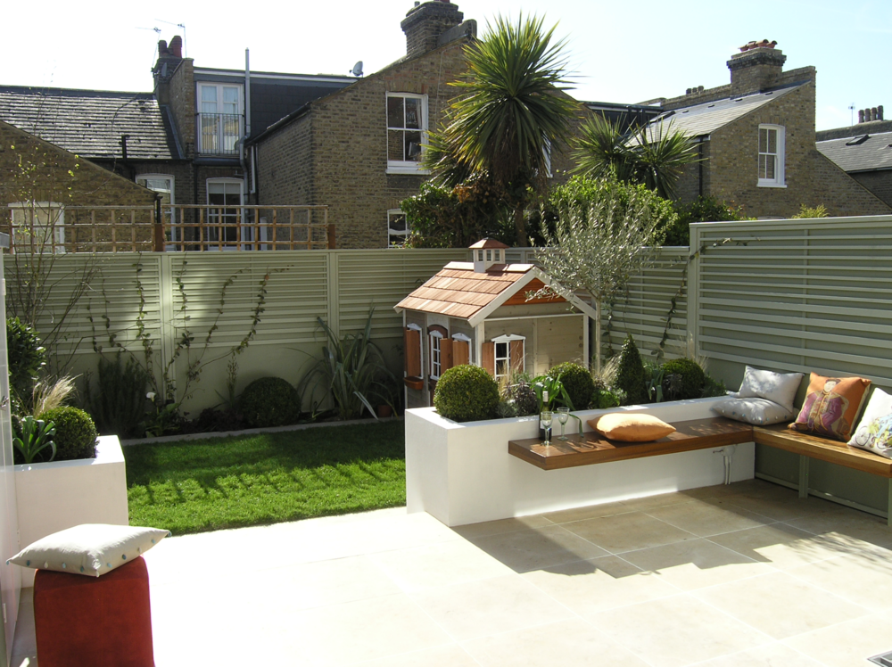South london suntrap living gardens for Pinterest small patio ideas
