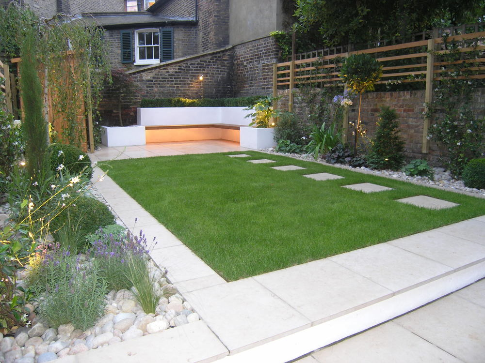 Canonbury garden living gardens for Modern backyard ideas