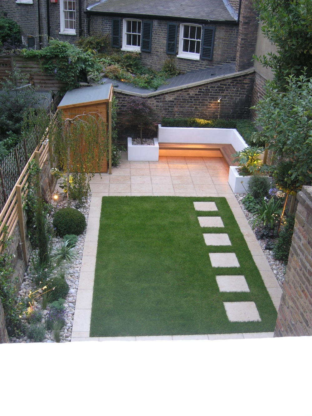 Canonbury garden living gardens for Modern back garden designs