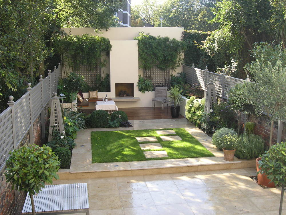 Compton corner living gardens for Contemporary gardens