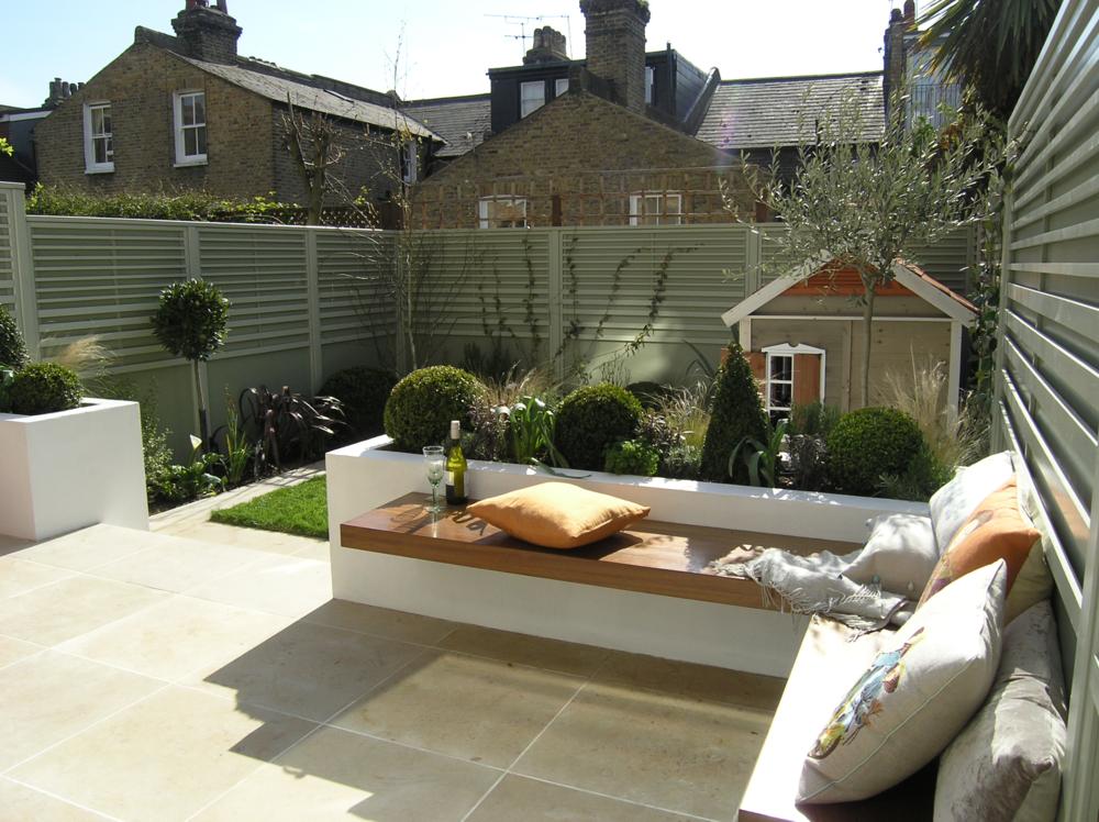Living gardens for Child friendly garden designs