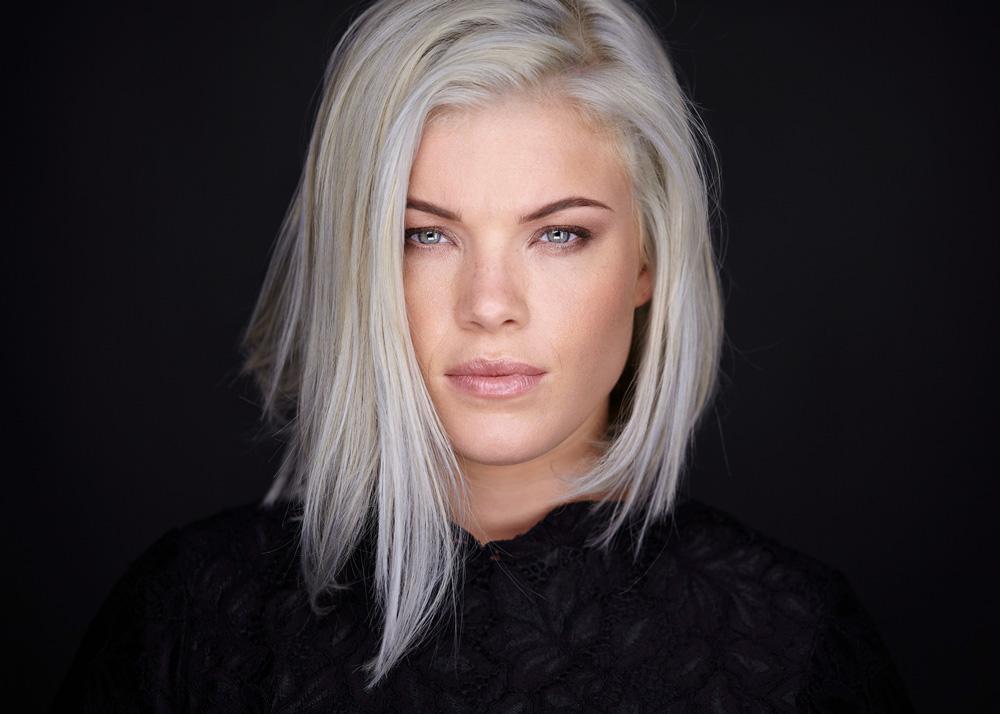 Zoe Vrachnas; Sydney Headshots; Daniel Sommer Photography