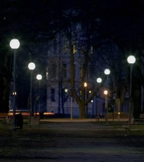 Park med kvicksilverbelysning
