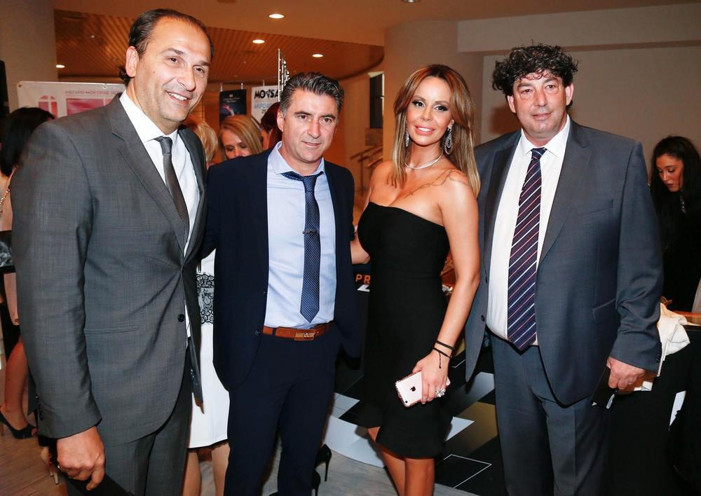 Με τον πρόεδρο της ΚΑΕ ΠΑΟΚ, Bane Prelevic και τον αντιπρόεδρο, Βαγγέλη Γαλατσόπουλο, στην εκδήλωση για τα 90 χρόνια ζωής του Συλλόγου  .