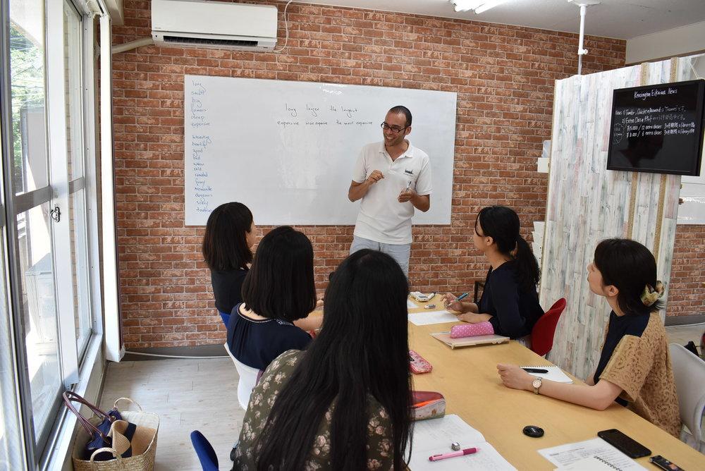 ウインザー英会話のLEvel 2一般英語グループ クラス