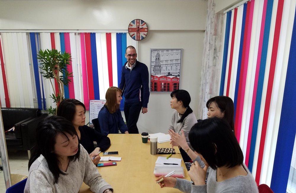 ウインザー英会話のLEvel 3一般英語グループ クラス
