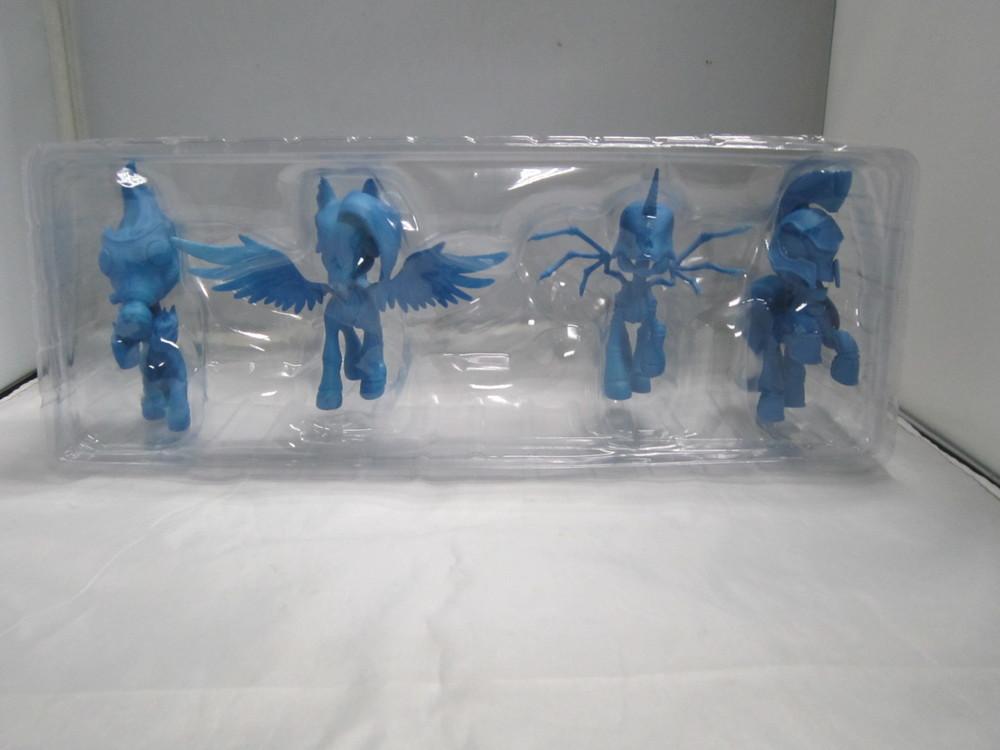 4 horsies blister mockup 1.JPG