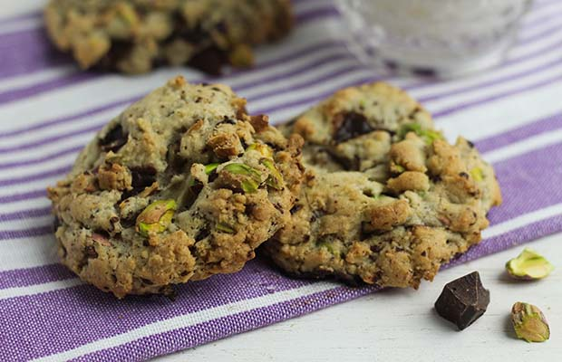pistachiochocolatechunjcookies4.jpg