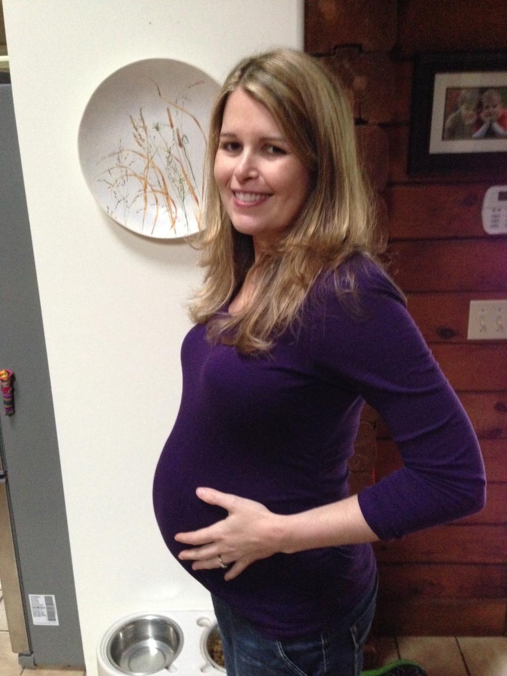 33 weeks along!.jpg