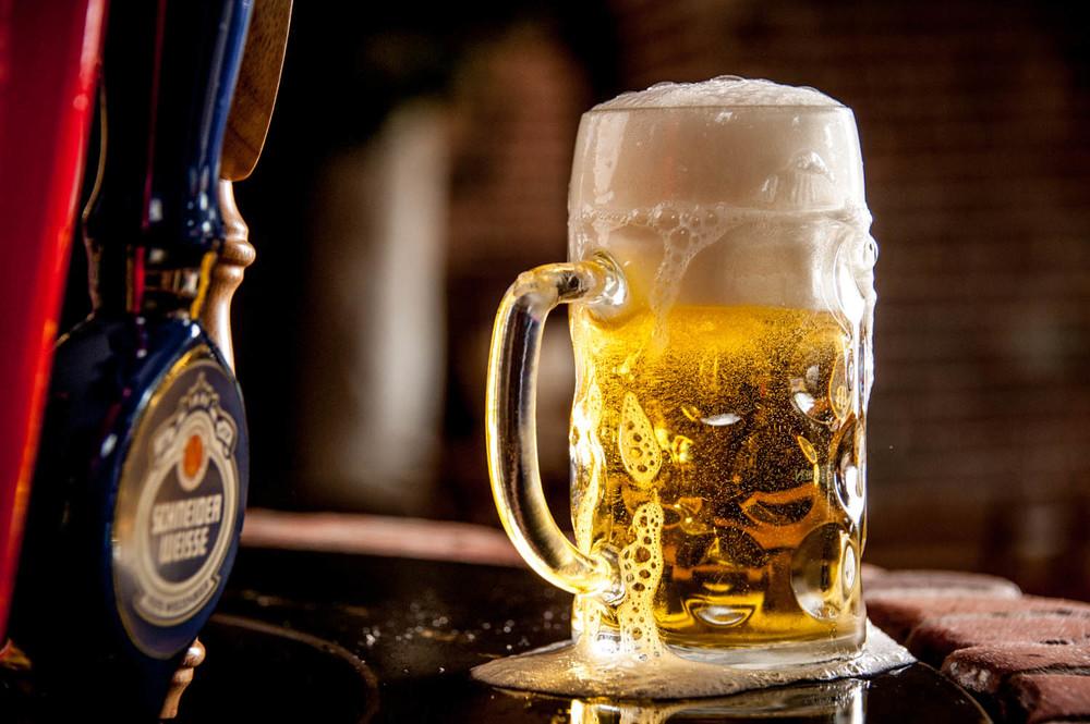 zum-schneider-montauk-german-restaurant-beer-wine-6437.jpg