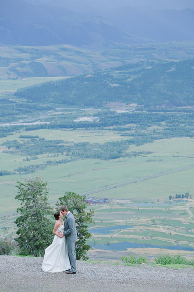 006_The best wedding photography from Jackson Hole, Wyoming and beyond by destination wedding photographer hannah Hardaway.jpg
