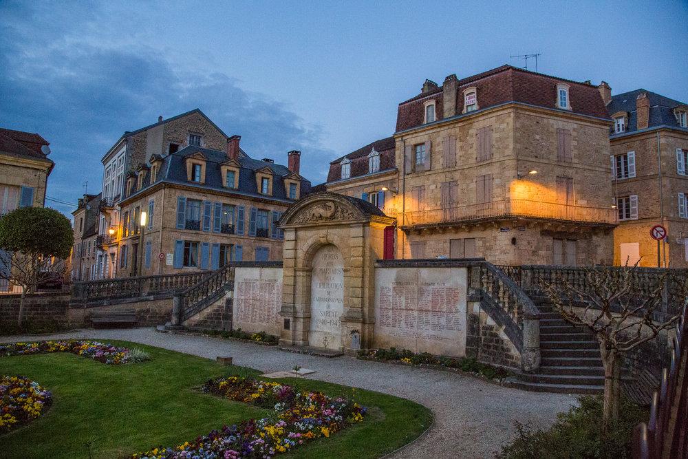Sarlat-la-Caneda, 1001 castelos frança, vale de dordonha, vilas medievais frança, interior frança, gastronomia frança