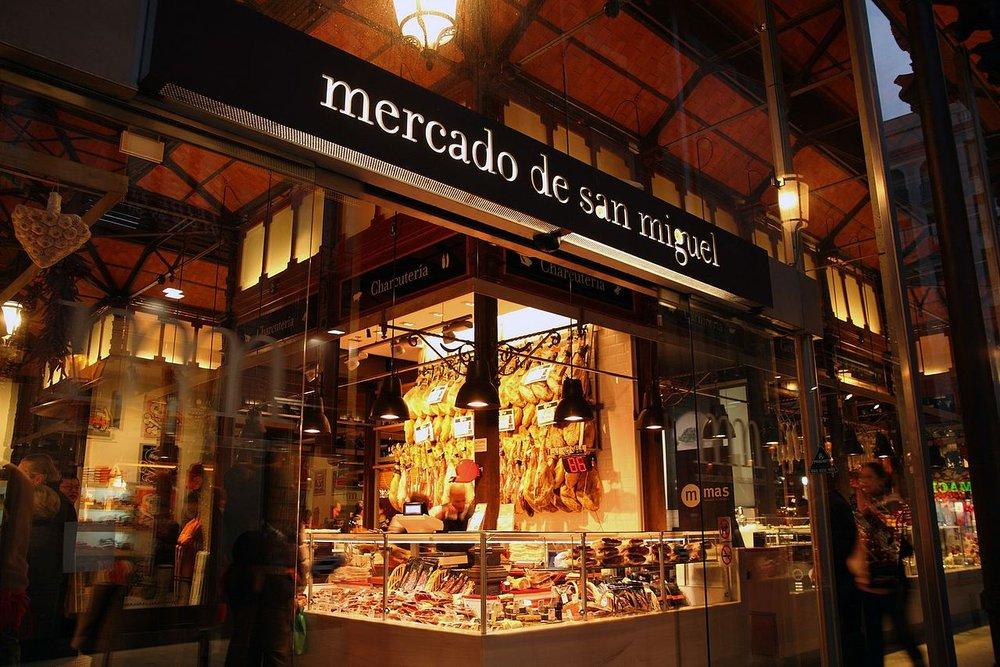 MADRI: 3 RESTAURANTES PARA COMER POR MENOS DE 10 EUROS E UM ROTEIRO ATÉ ELES! -