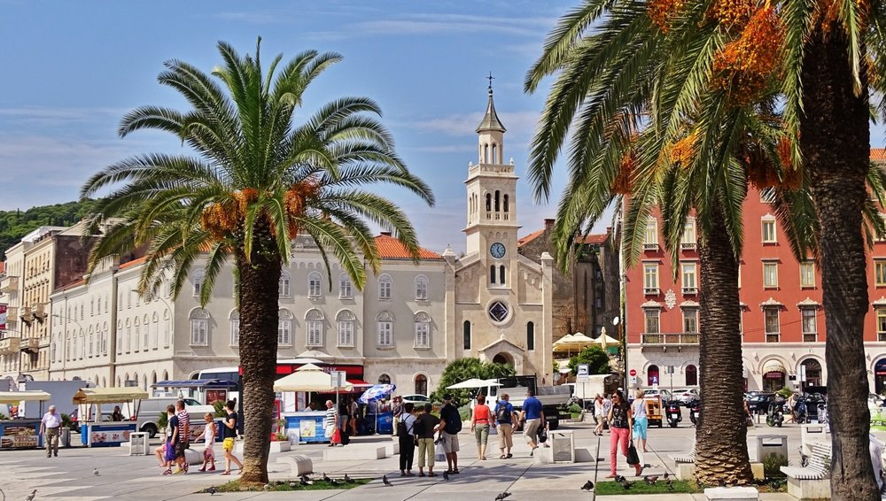 croatia-split-old-town-europe-summer-palm-trees.jpg