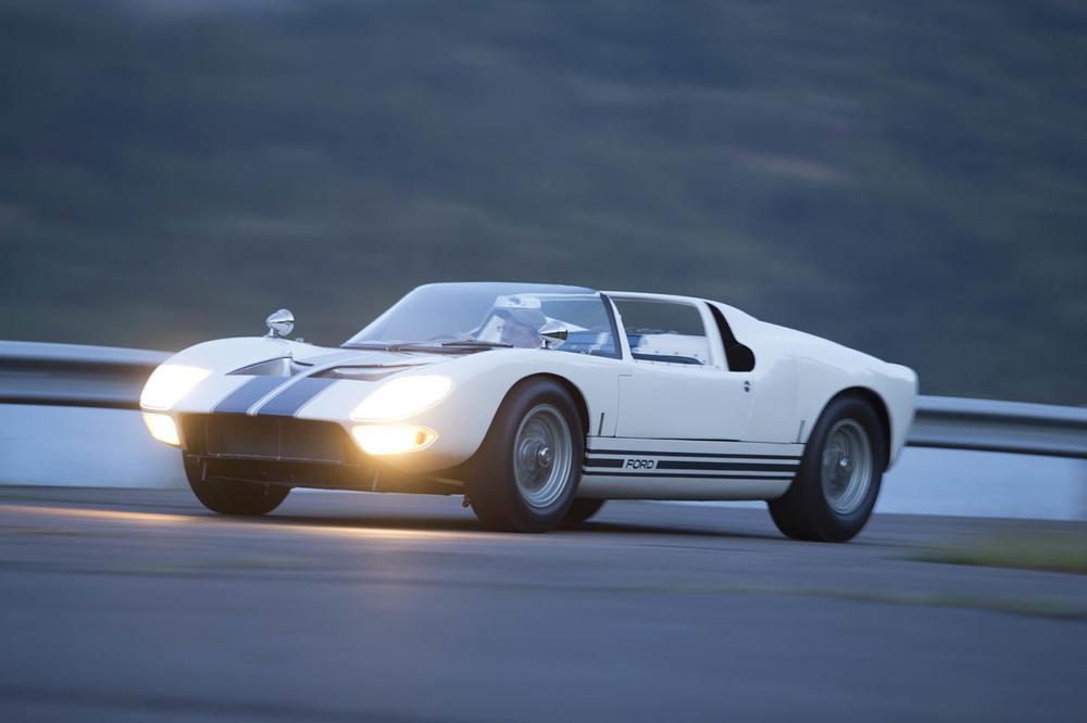 1965-ford-gt40-roadster-prototype-23-1.jpg
